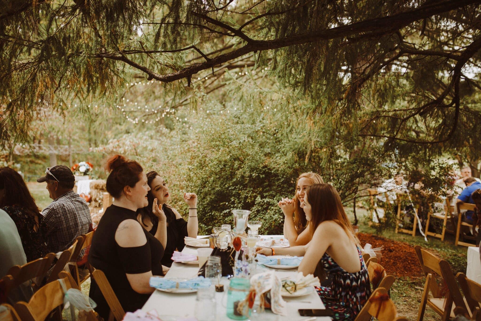 wedding outdoor woods tabels
