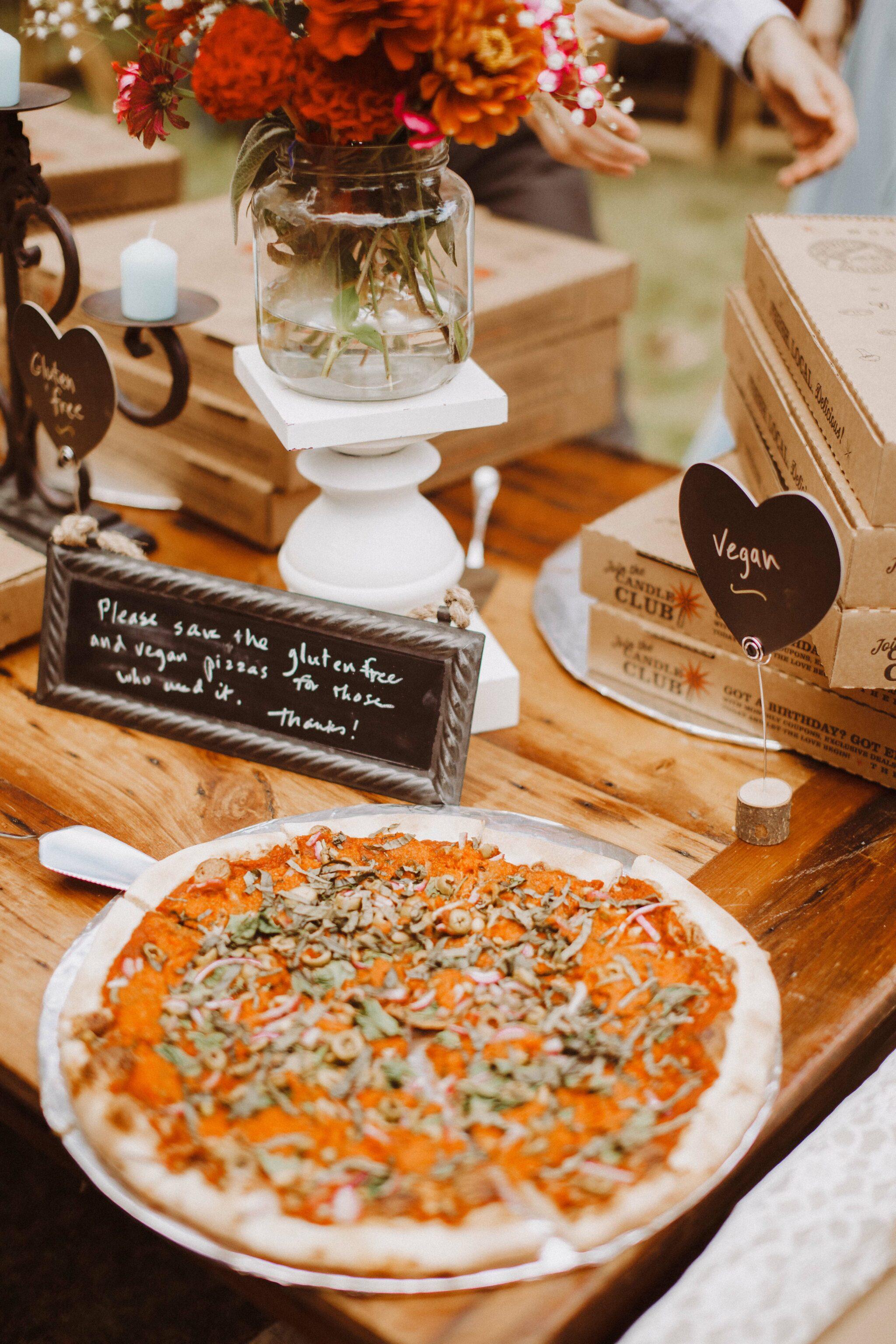 wedding pizza table dinner