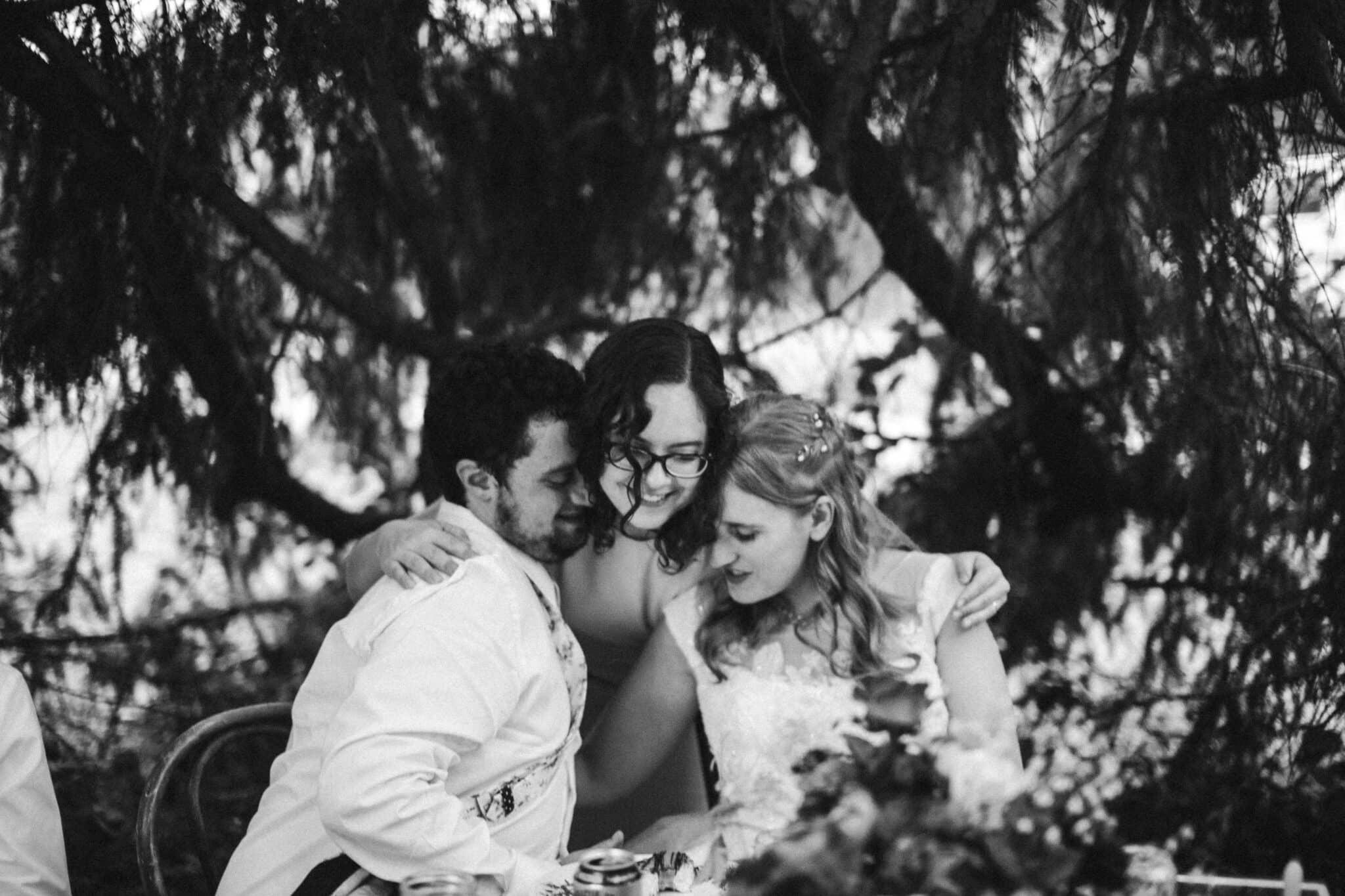 wedding bridesmaid speech hug