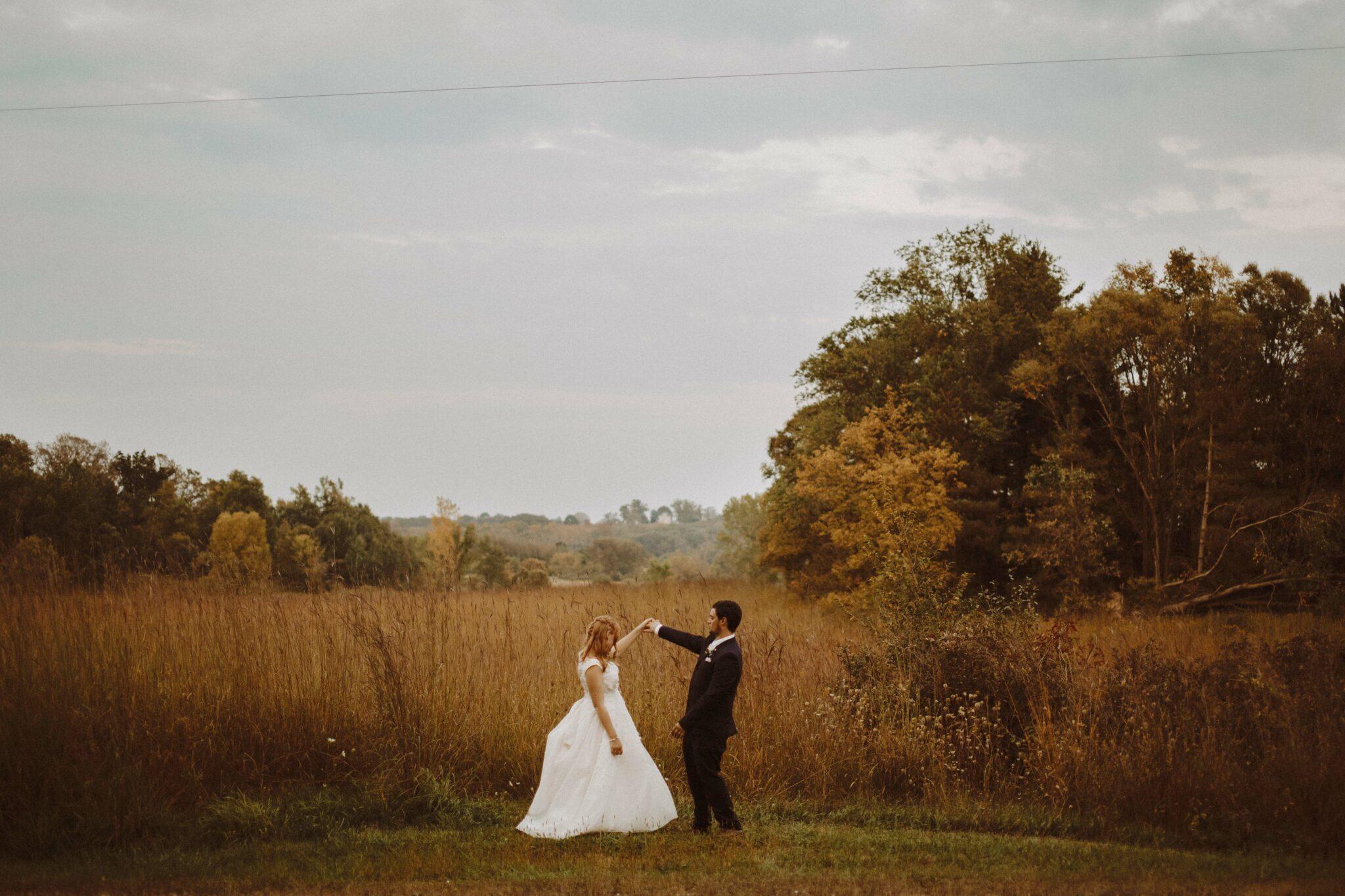 wedding bride groom field